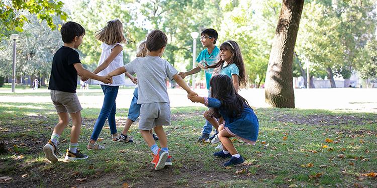 Ігри в приміщенні і на відкритому просторі для дітей 10-14 років